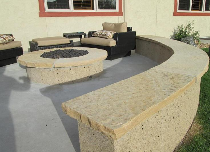Concrete seating wall with stucco finish