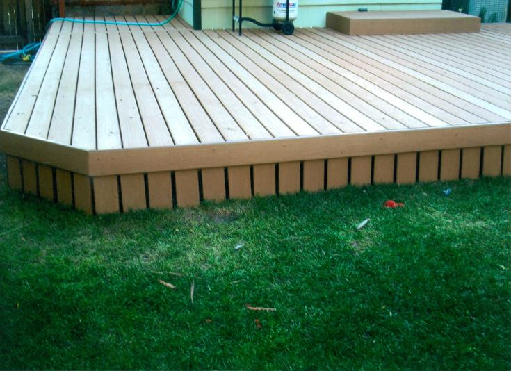 medium colored deck with sides